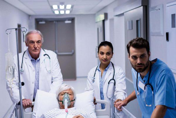 Header Zulässigkeit Patientenfixierung