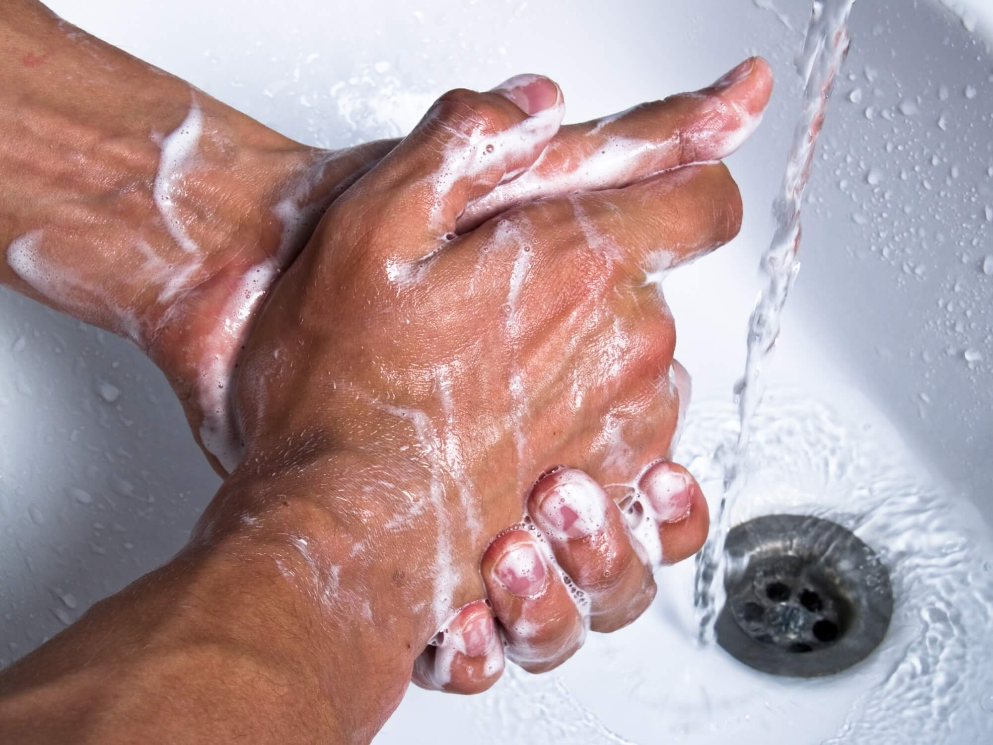 Standardhygiene aktuell – bei unentwegt zirkulierenden resistenten Keimen